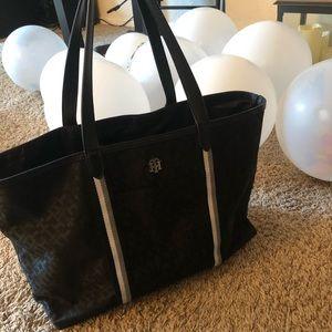 Tommy Hilfiger Bag 🌸